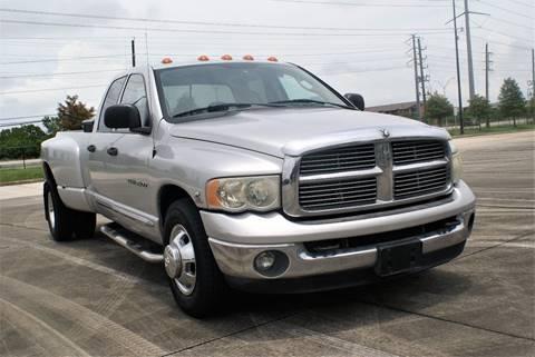 2005 Dodge Ram Pickup 3500 for sale at CAR HERO LLC in Houston TX
