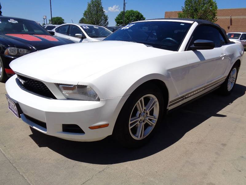 2012 ford mustang v6 in south sioux city ne america auto inc. Black Bedroom Furniture Sets. Home Design Ideas