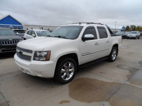 2009 Chevrolet Avalanche for sale at America Auto Inc in South Sioux City NE