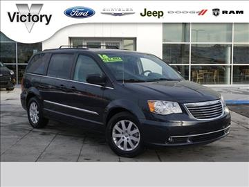 2014 Chrysler Town and Country for sale in Kansas City, KS