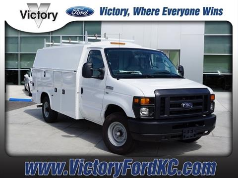 2017 Ford E-Series Chassis for sale in Kansas City, KS