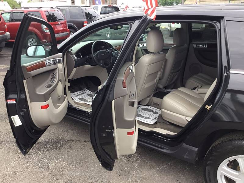 2005 Chrysler Pacifica for sale at eAutoDiscount in Buffalo NY