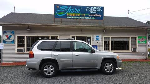 2005 GMC Envoy for sale at RJ SHORE AUTOMOTIVE, LLC II in North Branford CT