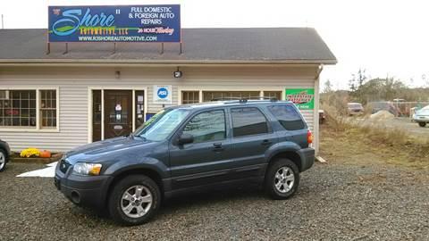 2005 Ford Escape for sale at RJ SHORE AUTOMOTIVE, LLC II in North Branford CT