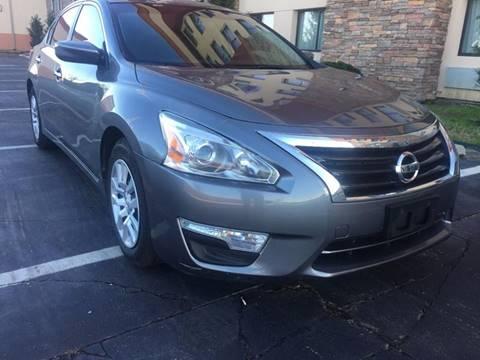 2014 Nissan Altima for sale at Dallas Auto Lounge in Arlington TX