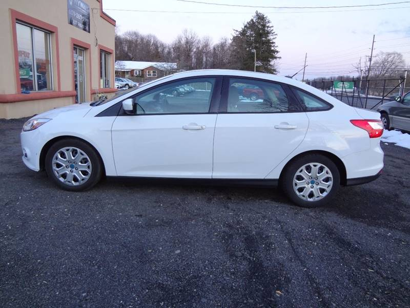 2012 ford focus se in lumberton nj - hyway auto sales