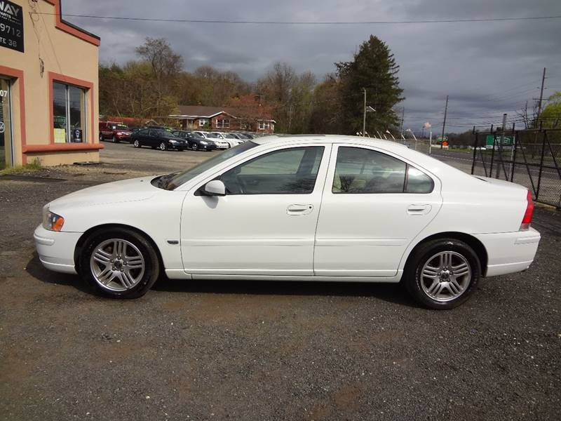 2006 Volvo S60 for sale at Hyway Auto Sales in Lumberton NJ