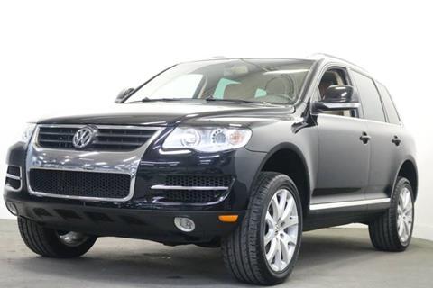 2010 Volkswagen Touareg for sale at Clawson Auto Sales in Clawson MI