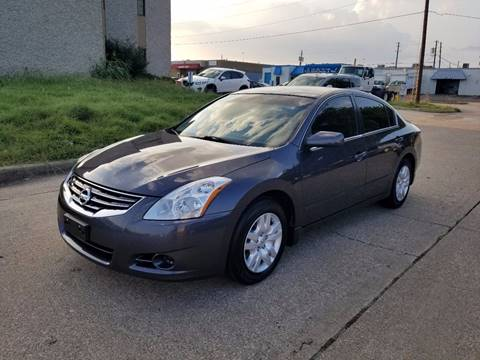 2012 Nissan Altima for sale at DFW Autohaus in Dallas TX