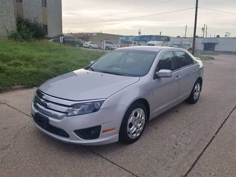 2010 Ford Fusion for sale at DFW Autohaus in Dallas TX