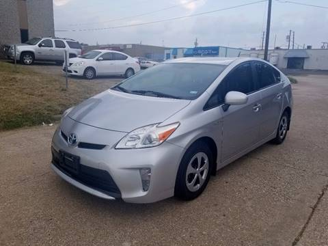 2013 Toyota Prius for sale at DFW Autohaus in Dallas TX