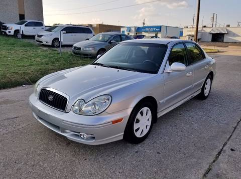 2005 Hyundai Sonata for sale at DFW Autohaus in Dallas TX