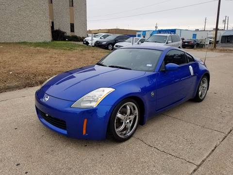 2004 Nissan 350Z for sale at DFW Autohaus in Dallas TX