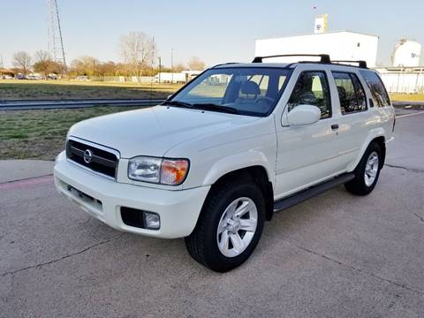 2002 Nissan Pathfinder for sale at DFW Autohaus in Dallas TX