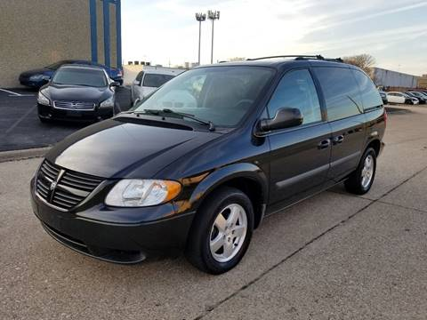 2005 Dodge Caravan for sale at DFW Autohaus in Dallas TX