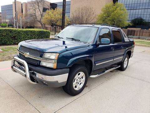 2005 Chevrolet Avalanche for sale at DFW Autohaus in Dallas TX