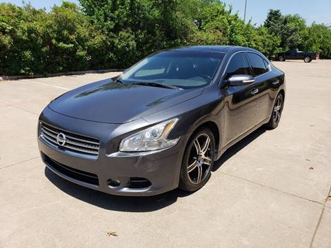 2010 Nissan Maxima for sale at DFW Autohaus in Dallas TX