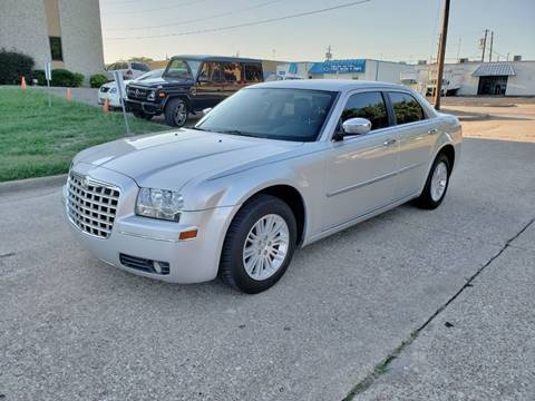 2010 Chrysler 300 for sale at DFW Autohaus in Dallas TX