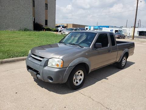 2004 Nissan Frontier for sale at DFW Autohaus in Dallas TX