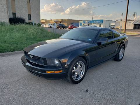 2006 Ford Mustang for sale at DFW Autohaus in Dallas TX