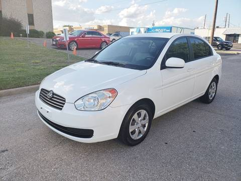 2010 Hyundai Accent for sale at DFW Autohaus in Dallas TX