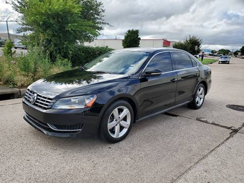 2012 Volkswagen Passat for sale at DFW Autohaus in Dallas TX