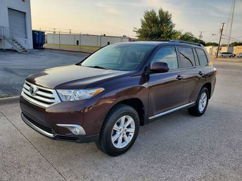 2011 Toyota Highlander for sale at DFW Autohaus in Dallas TX
