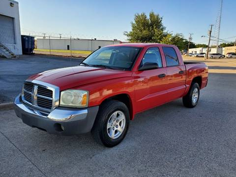 2005 Dodge Dakota for sale at DFW Autohaus in Dallas TX