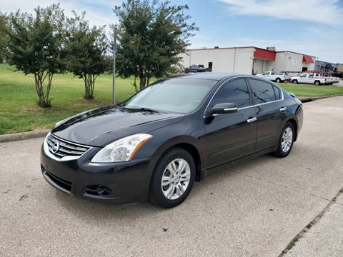 2010 Nissan Altima for sale at DFW Autohaus in Dallas TX