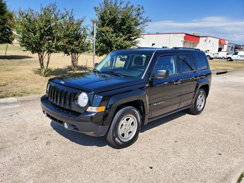 2014 Jeep Patriot for sale at DFW Autohaus in Dallas TX