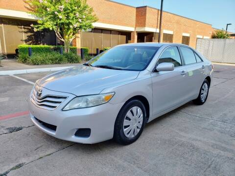 2011 Toyota Camry for sale at DFW Autohaus in Dallas TX