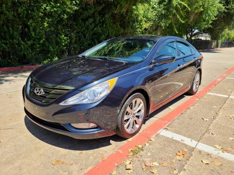 2013 Hyundai Sonata for sale at DFW Autohaus in Dallas TX