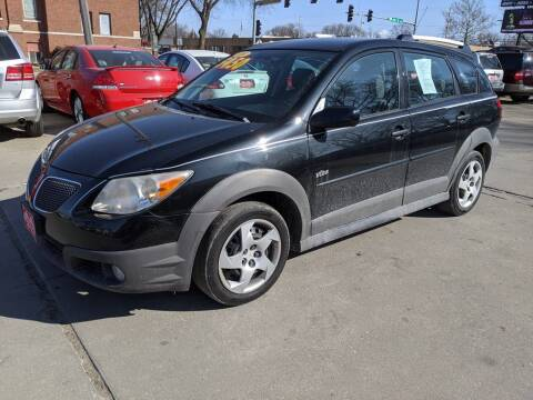 2008 Pontiac Vibe for sale at Corridor Motors in Cedar Rapids IA