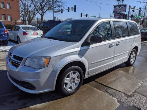 2012 Dodge Grand Caravan SE for sale at Corridor Motors in Cedar Rapids IA