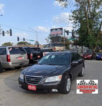 2009 Hyundai Sonata for sale at Corridor Motors in Cedar Rapids IA