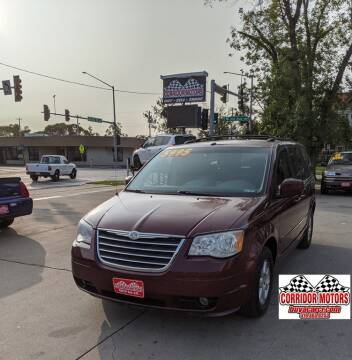 2008 Chrysler Town and Country for sale at Corridor Motors in Cedar Rapids IA