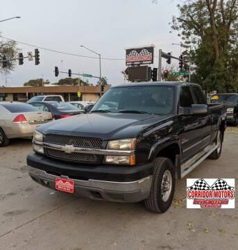2004 Chevrolet Silverado 2500HD for sale at Corridor Motors in Cedar Rapids IA