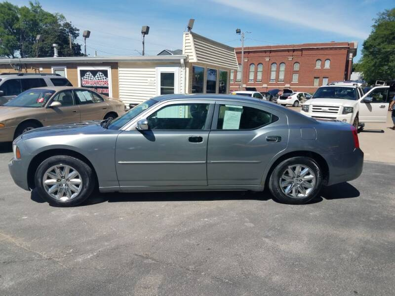 2006 Dodge Charger for sale at Corridor Motors in Cedar Rapids IA
