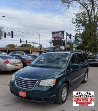 2009 Chrysler Town and Country for sale at Corridor Motors in Cedar Rapids IA