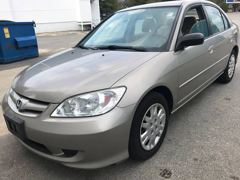 2004 Honda Civic for sale at RIVERSIDE AUTO SALES AND SERVICE in Acushnet MA
