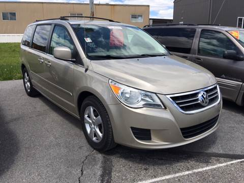 2009 Volkswagen Routan for sale at Blaise Alexander's Auto Outlet in Williamsport PA