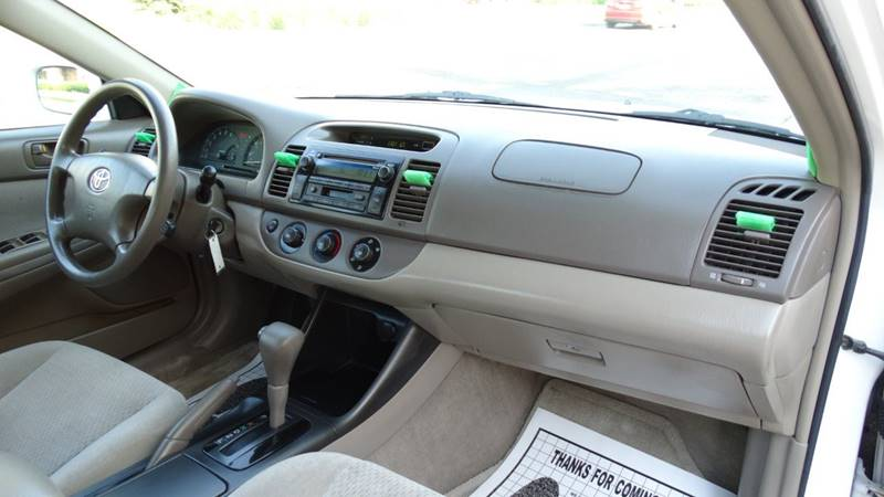 2004 Toyota Camry for sale at 6 STARS AUTO SALES INC in Chicago IL