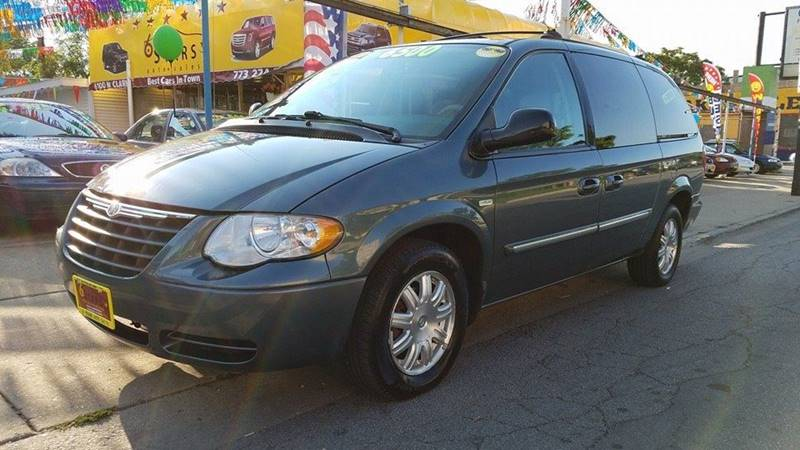 2006 Chrysler Town and Country for sale at 6 STARS AUTO SALES INC in Chicago IL