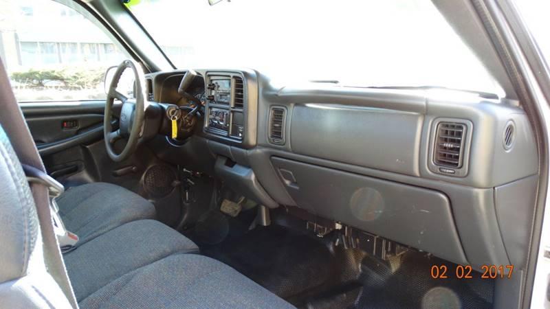 2000 Chevrolet Silverado 2500 for sale at 6 STARS AUTO SALES INC in Chicago IL
