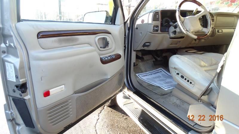 2000 Cadillac Escalade for sale at 6 STARS AUTO SALES INC in Chicago IL