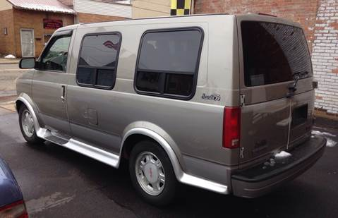 2003 GMC Safari for sale in Weirton, WV