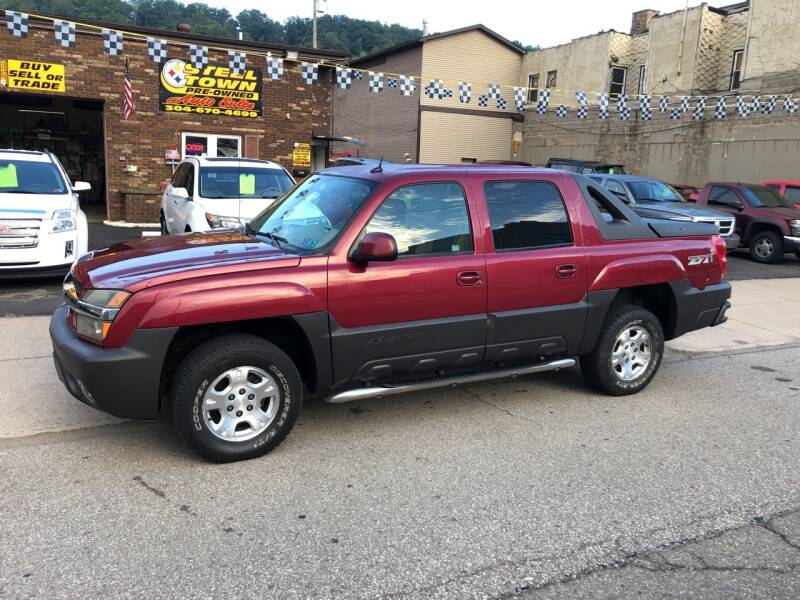 2004 Chevrolet Avalanche for sale at STEEL TOWN PRE OWNED AUTO SALES in Weirton WV