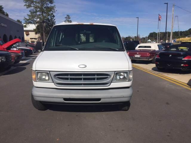 2000 Ford E-150 for sale at Gulf Shores Motors in Gulf Shores AL