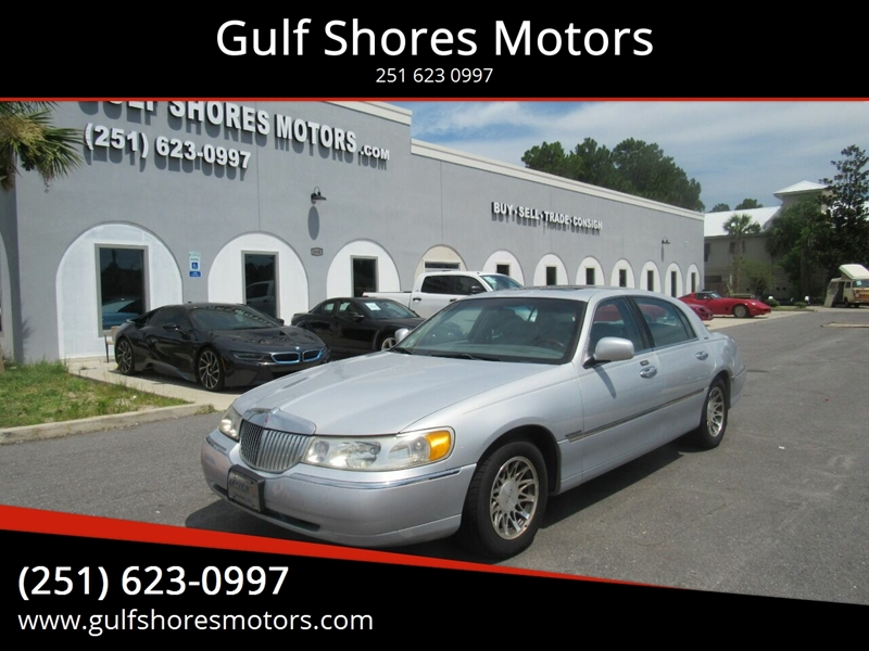 2001 Lincoln Town Car for sale at Gulf Shores Motors in Gulf Shores AL