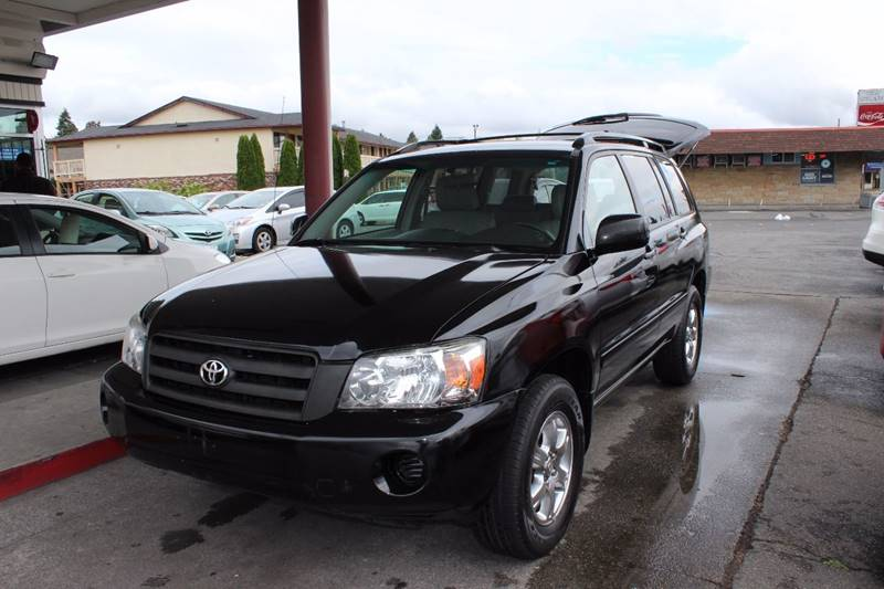 2005 Toyota Highlander for sale at Bayview Motor Club in Seattle WA